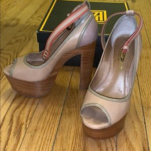 Pour la Victoire AWESOME heels in nude